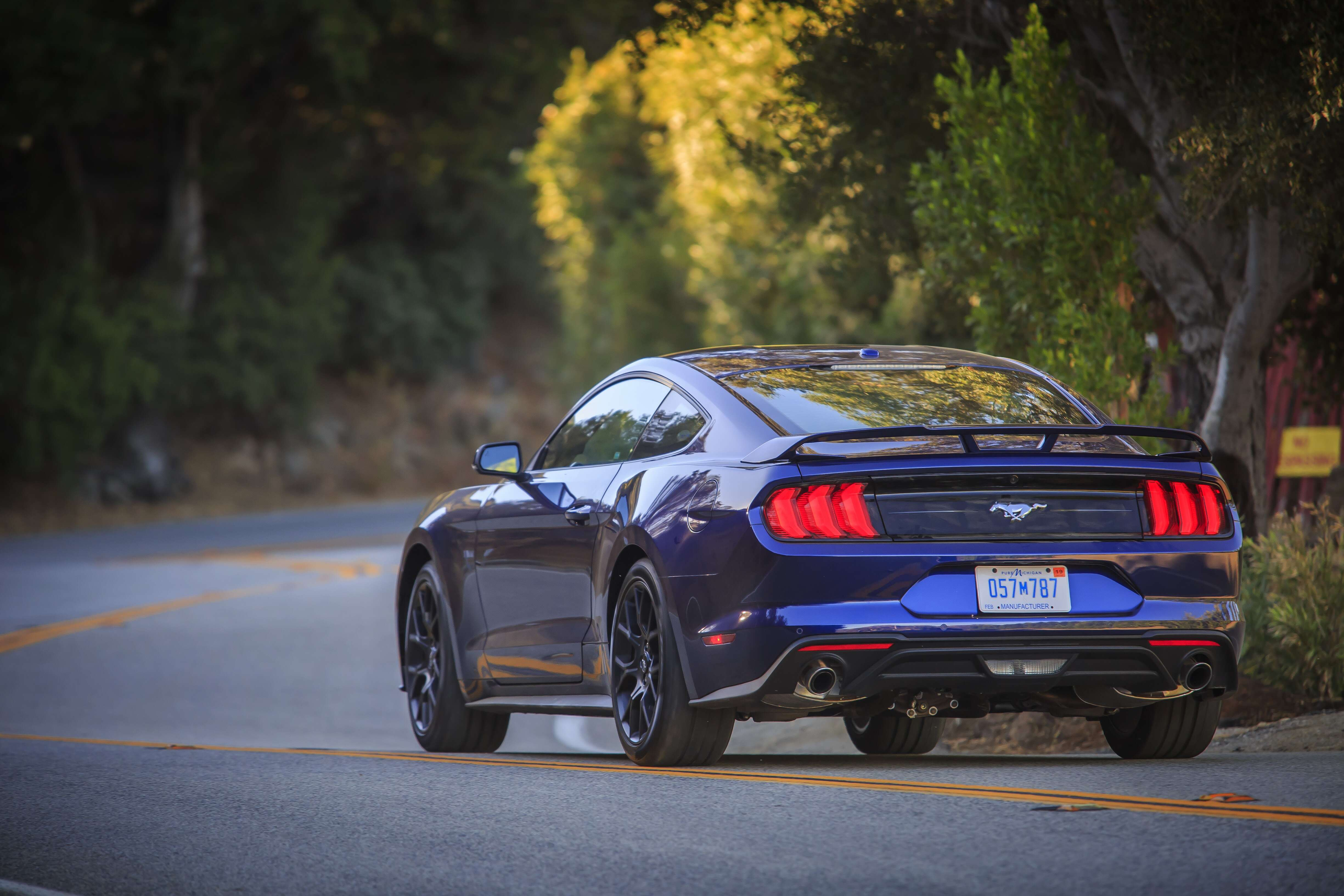 2018 Ford Mustang Review A Muscle Car To Be Thankful For The Drive 5 0 Tach Wiring