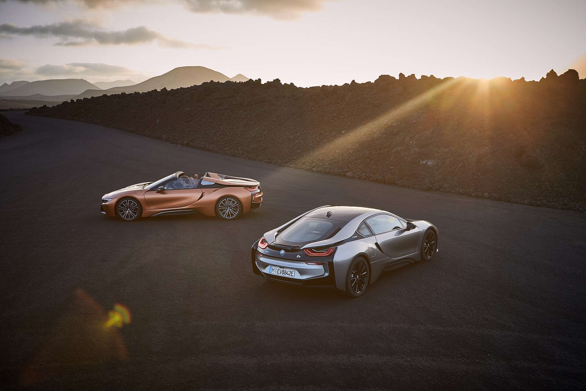 The Bmw I8 Roadster Brings You Even Closer To The Environment The