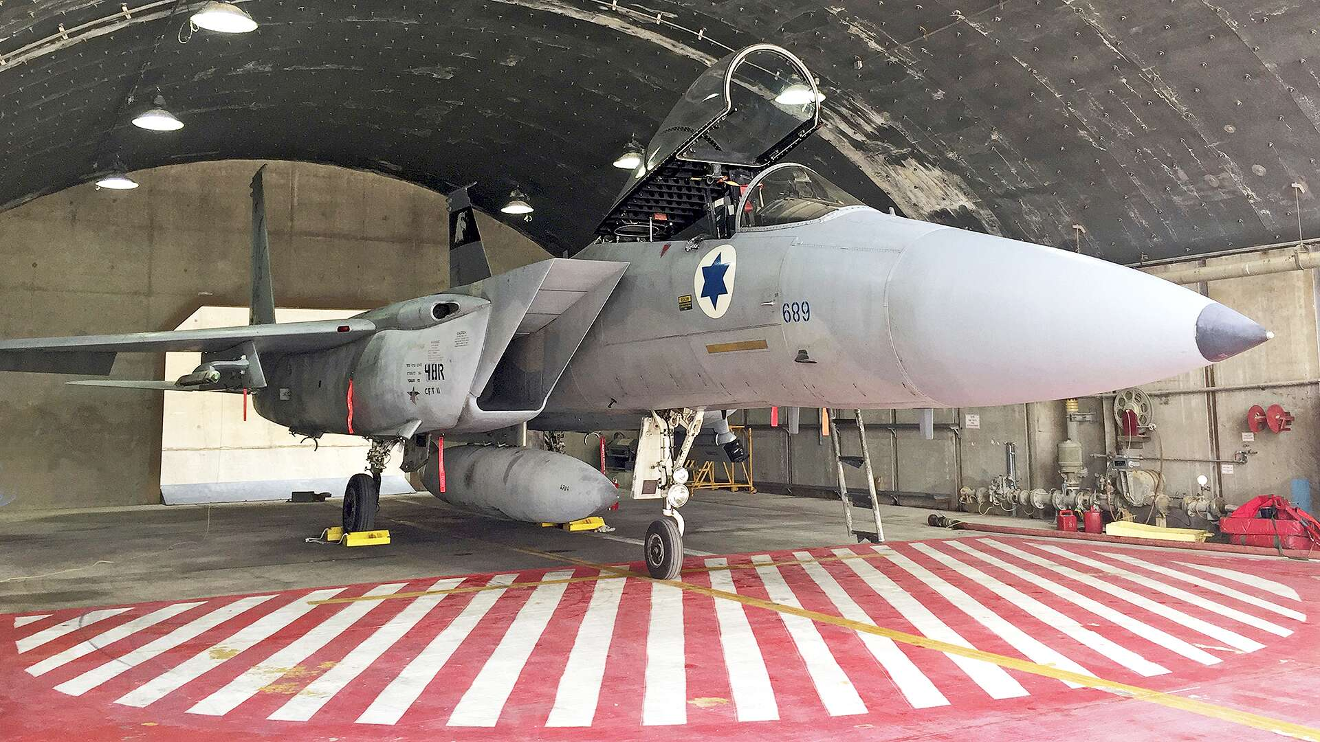 Israel Is Treating America's Throwaway F-15D Eagles As New Found Treasure ?q=60&url=https%3A%2F%2Fs3.amazonaws.com%2Fthe-drive-staging%2Fmessage-editor%252F1513724340455-nnhahd21313131