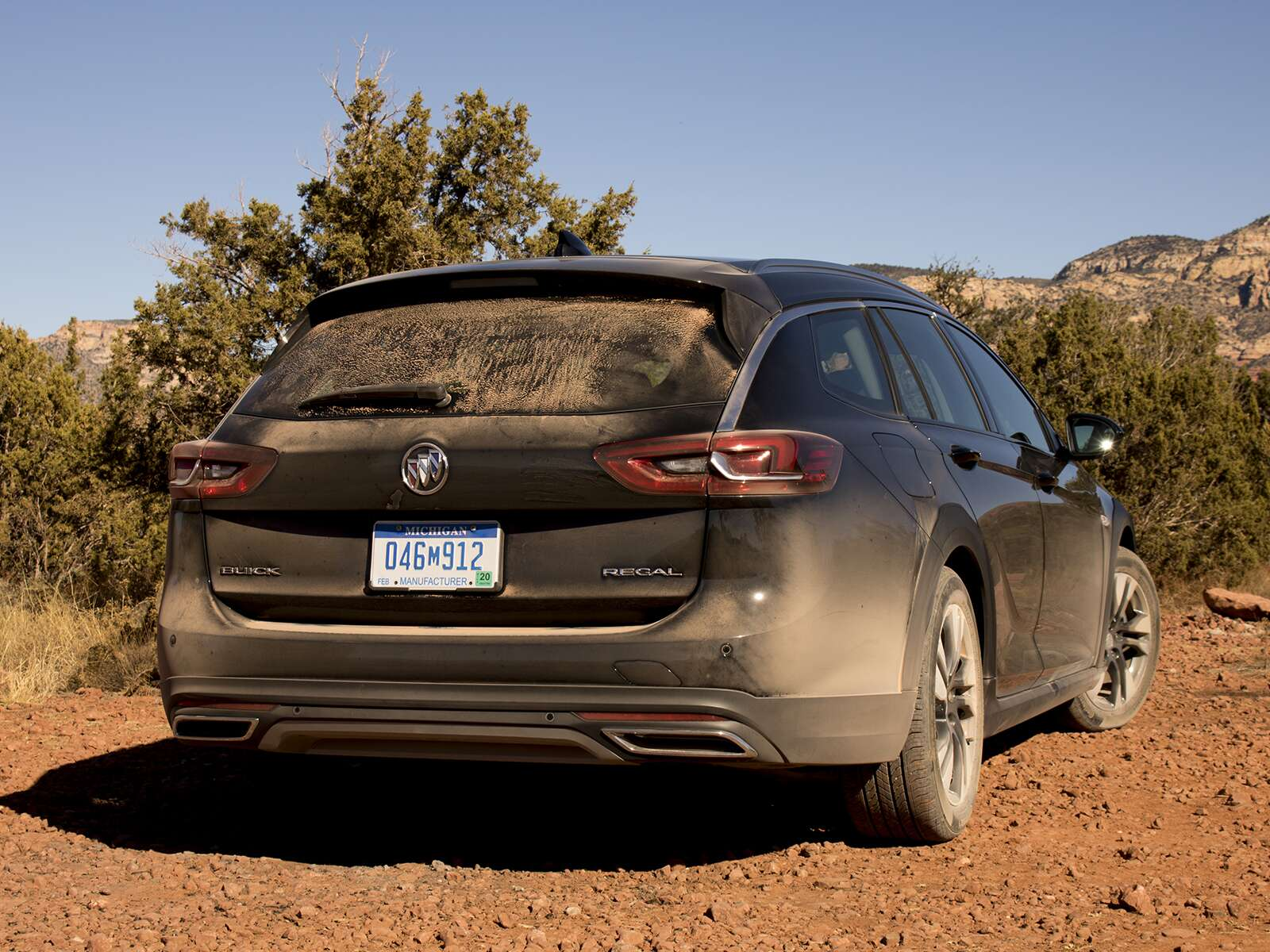 2018 Buick Regal TourX Review: Chasing the Golden Age of American ...