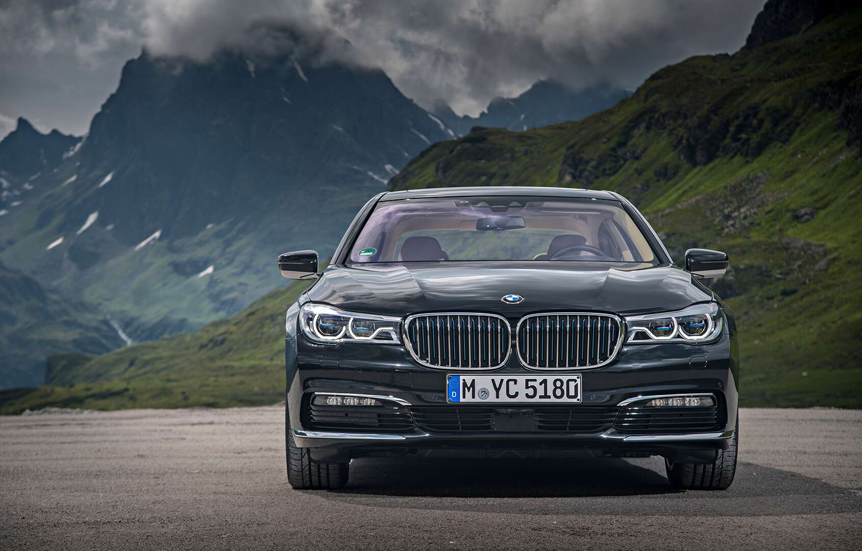 2018 Bmw 740e Xdrive Iperformance Hybrid Review Plug It In For 10