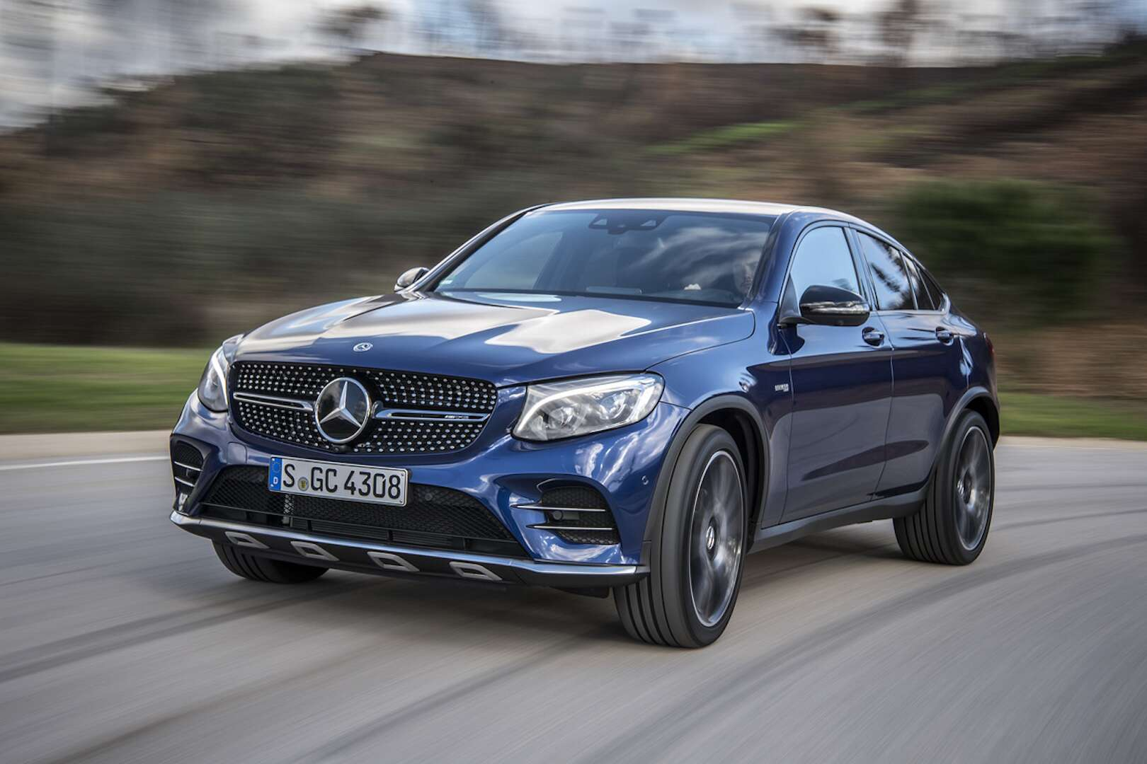 2018 mercedes amg glc43 coupe review is this crossover. Black Bedroom Furniture Sets. Home Design Ideas