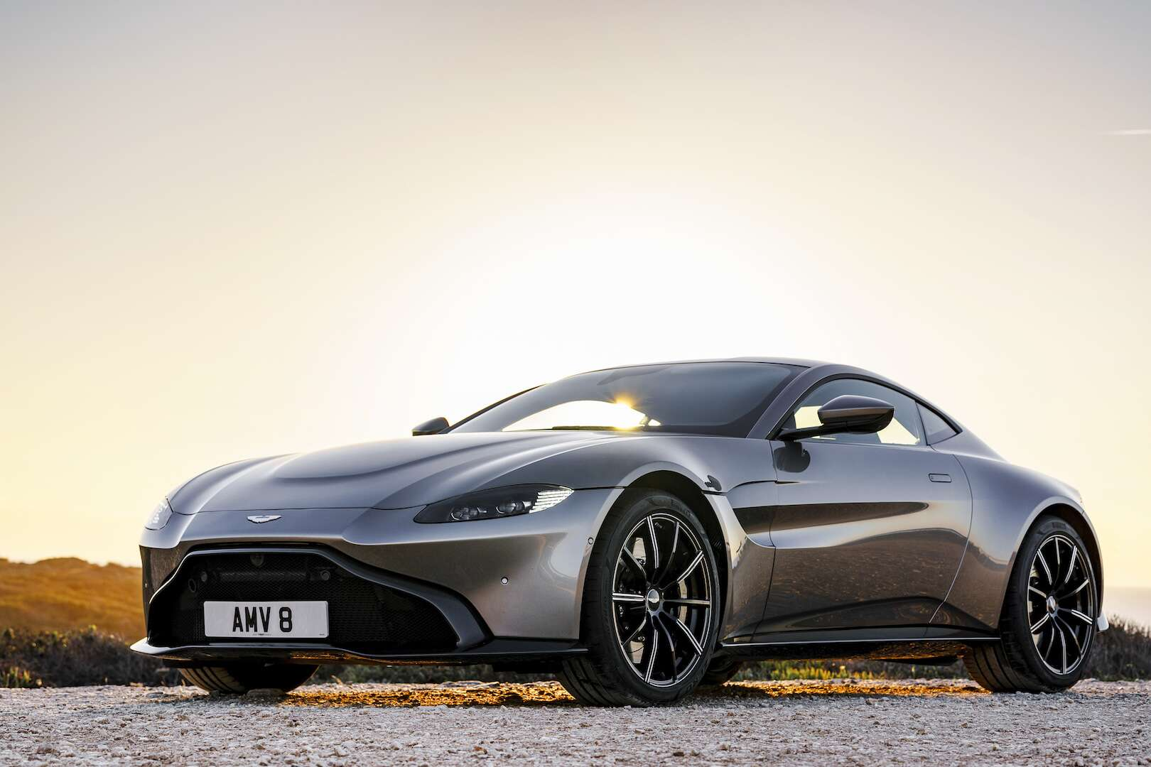 new aston martin vantage borrows v-8 sugar from mercedes-amg gt