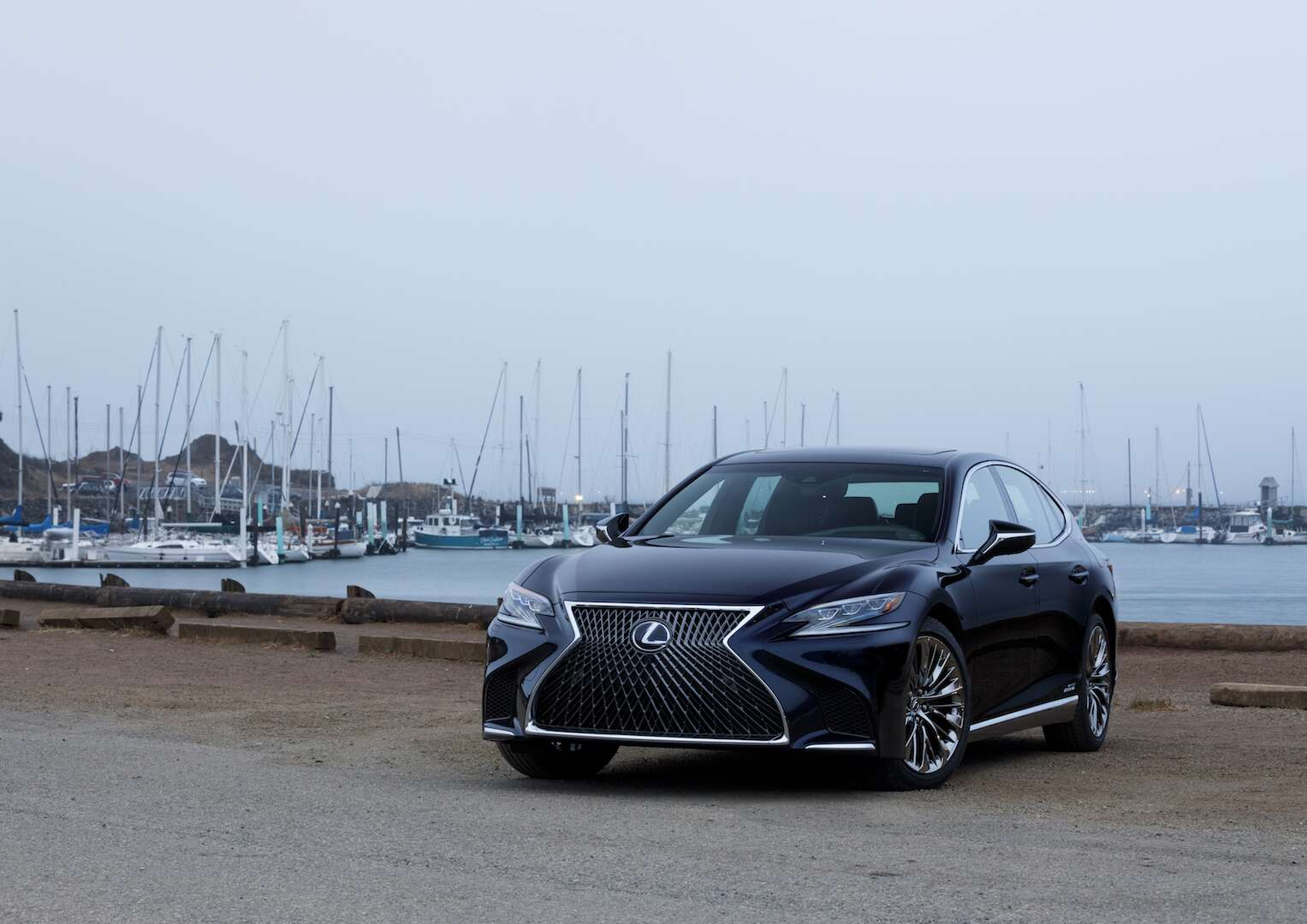 2018 Lexus Ls500h The Sophisticated Sedan For The Younger: 2018 Lexus LS 500h Review: A Flagship Sedan Rises From The