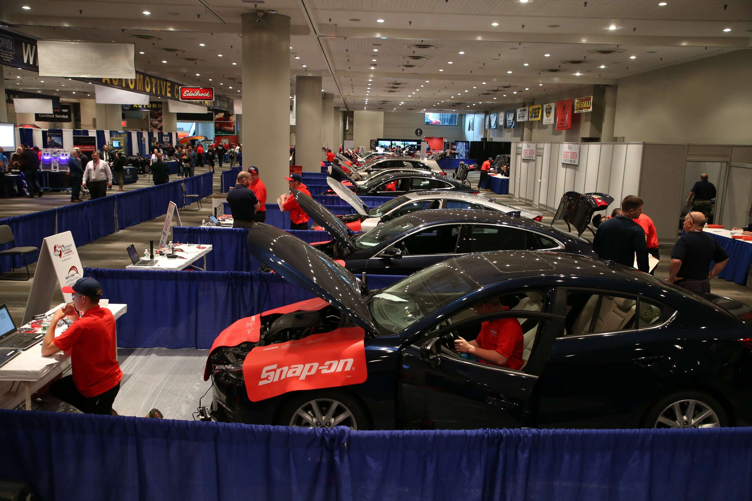 High School Kids Get Under the Hood at Car Technology Competition ...