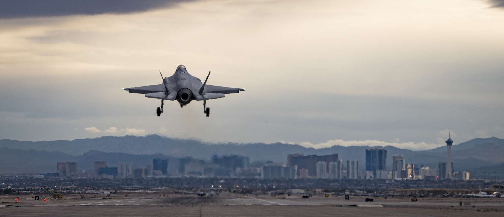 The Air Forces Elite Weapons School Has Given F 35 A New Rc Plane Sound System Mr V4 Multi Engine Pack Usaf Airman 1st Class Andrew Sarver