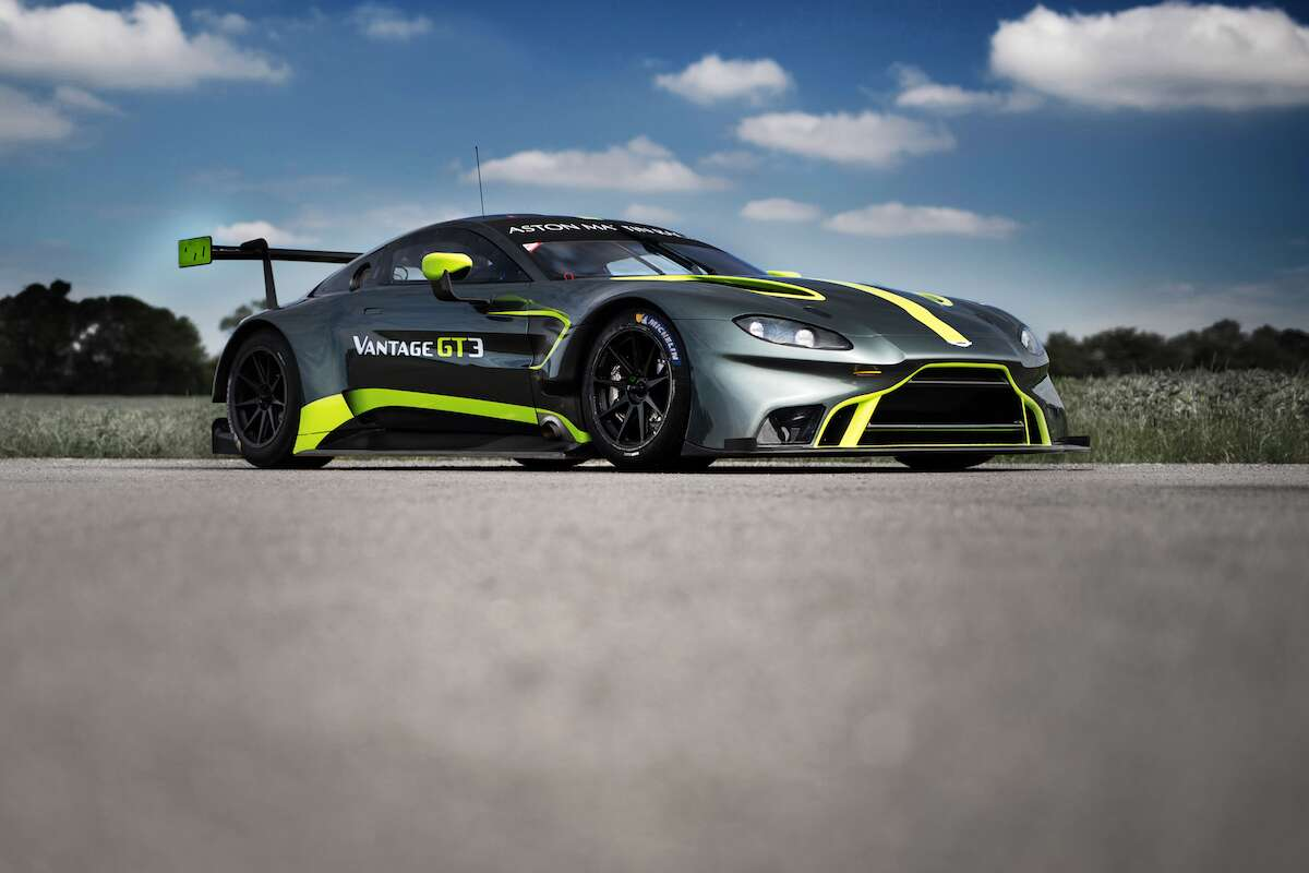 Aston Martin Vantage Gt3 And Gt4 Debut At 24 Hours Of Le Mans The