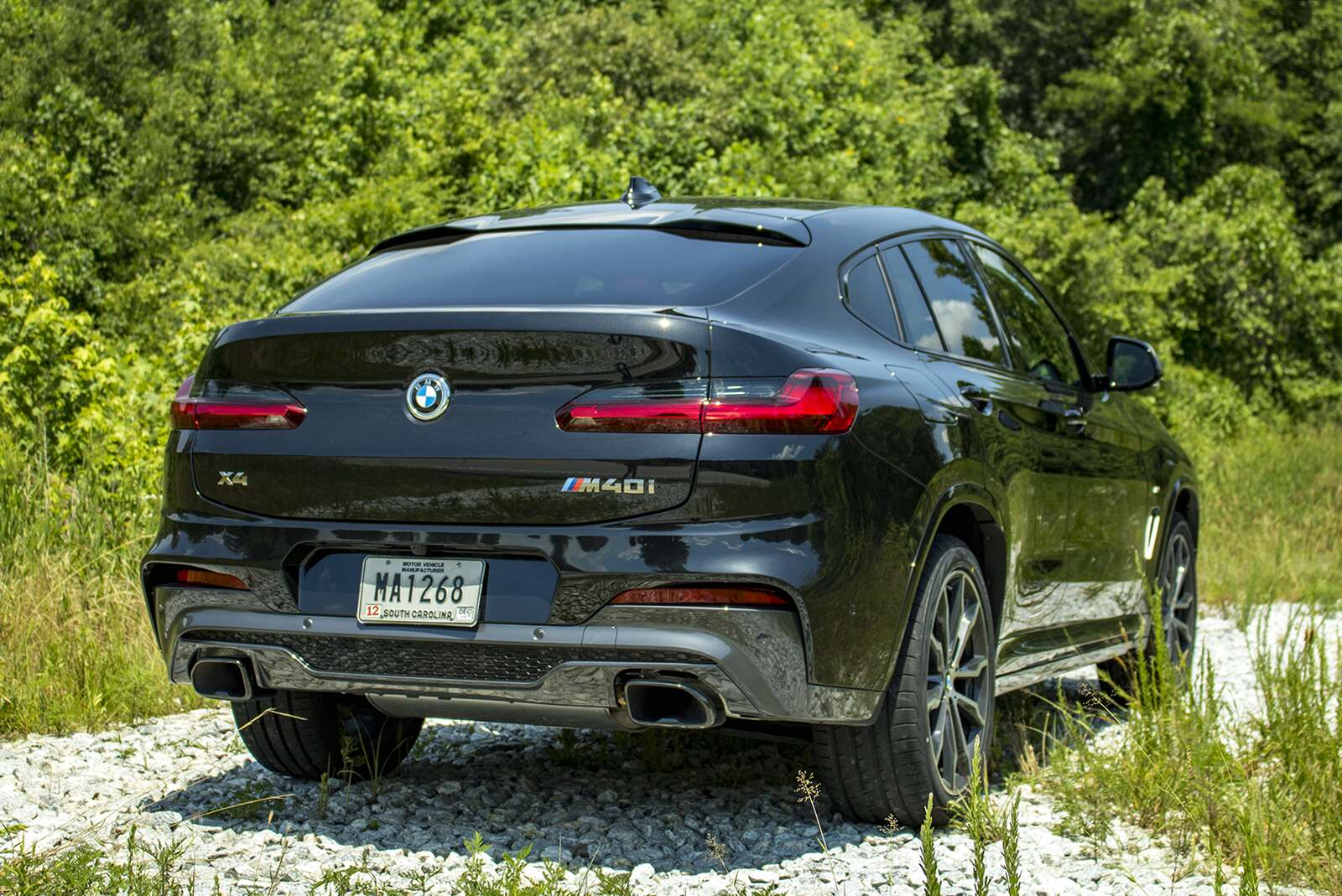 2019 bmw x4 m40i first drive review consider the sports. Black Bedroom Furniture Sets. Home Design Ideas