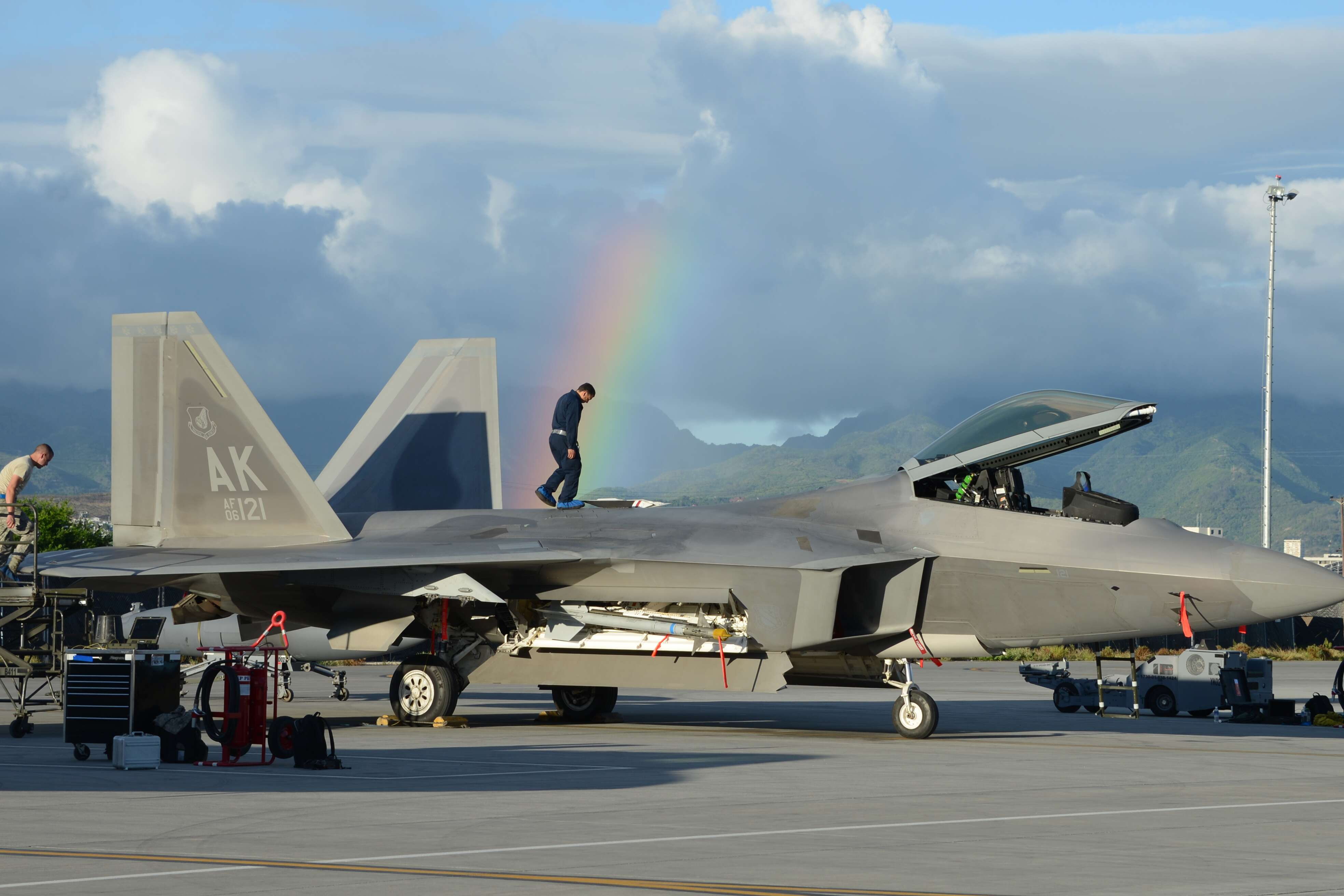 Watchdog Says Usaf Is Wasting F 22s On Patrols And Deployments Military Spec Wiring Harness