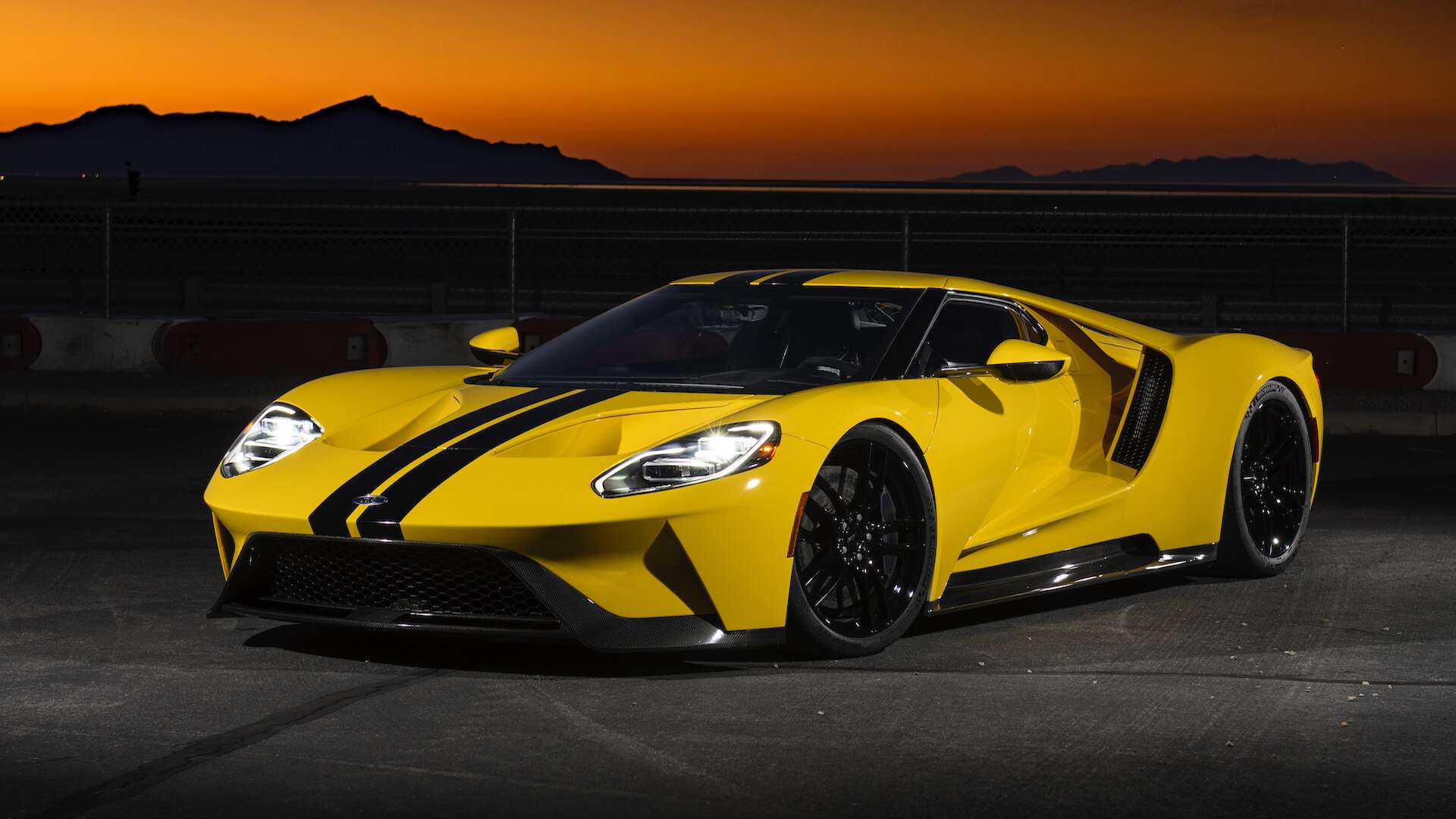 4. Ford GT: 216 MPH