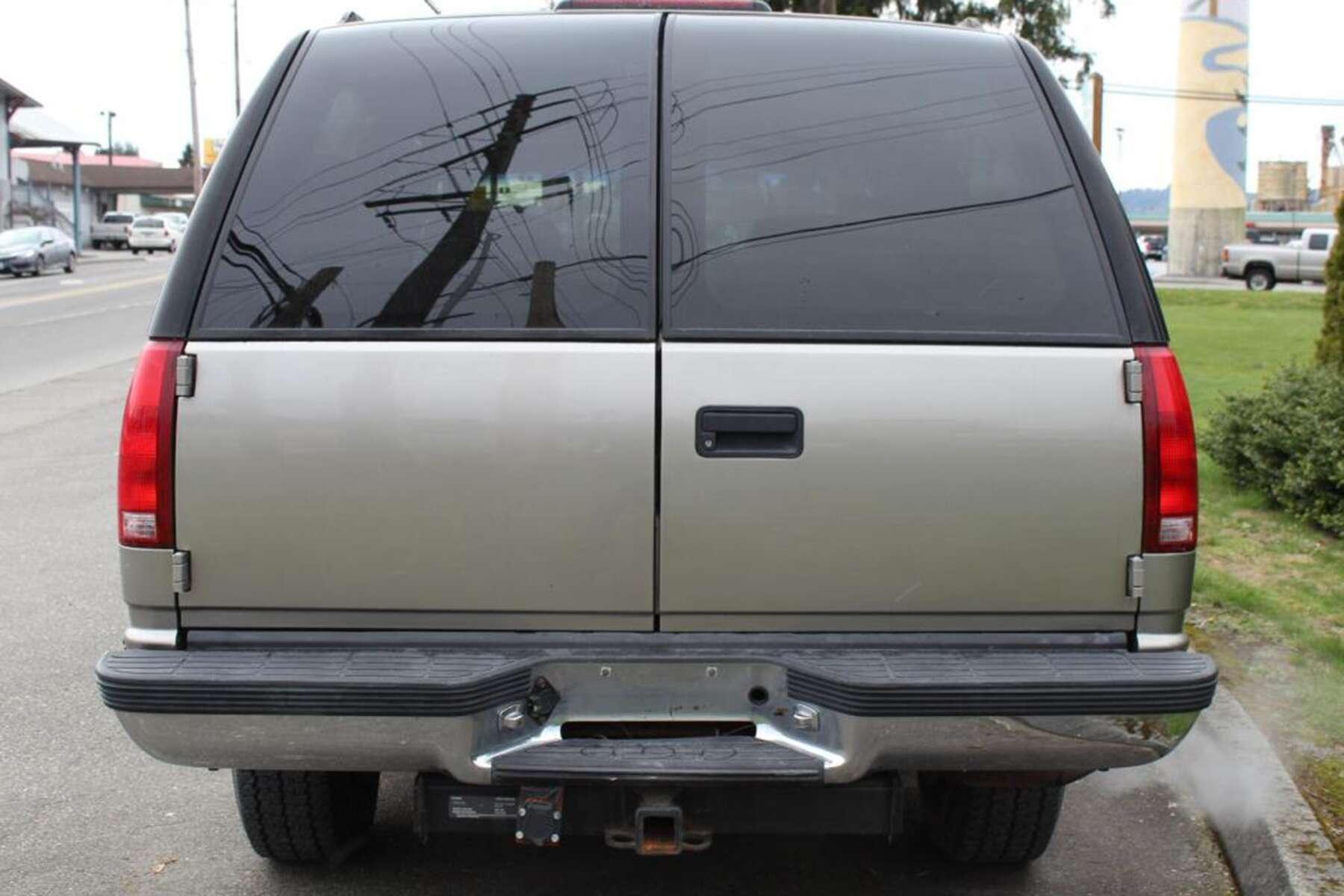 1994 chevrolet suburban 2500 specs