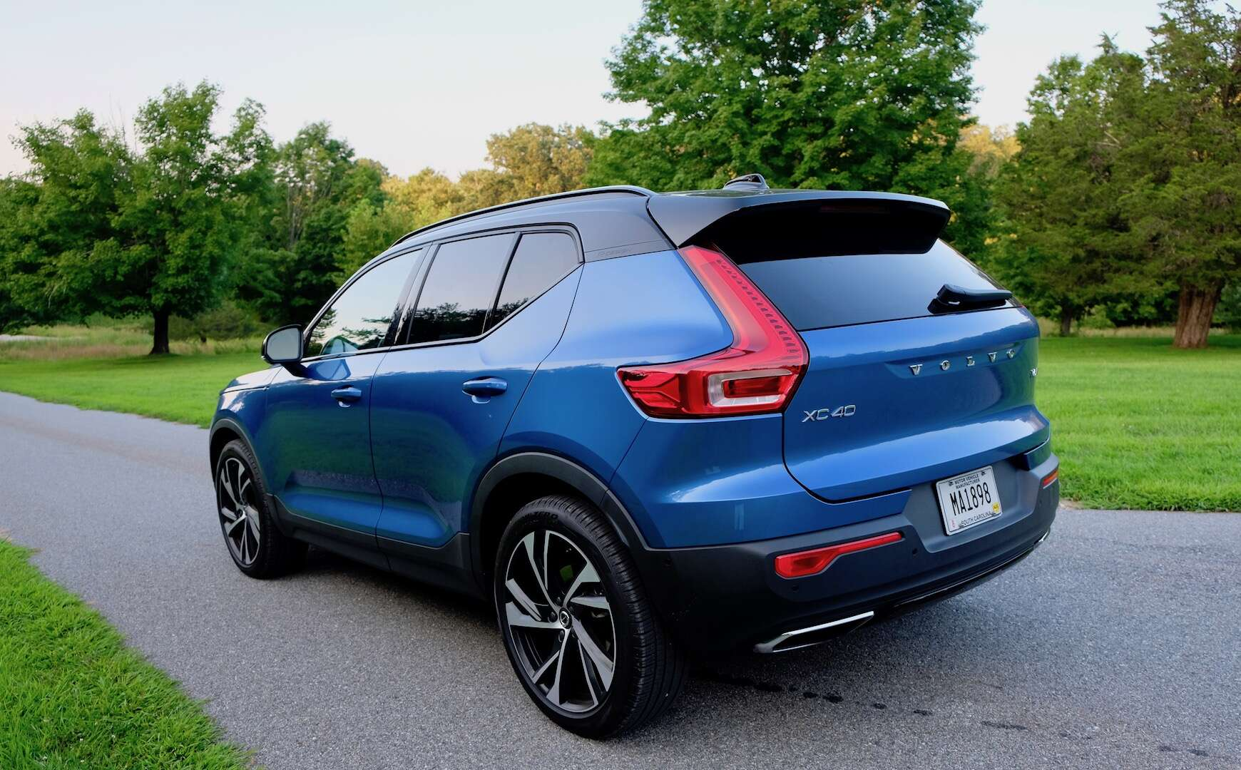 2019 volvo xc40 test drive review a compact crossover. Black Bedroom Furniture Sets. Home Design Ideas
