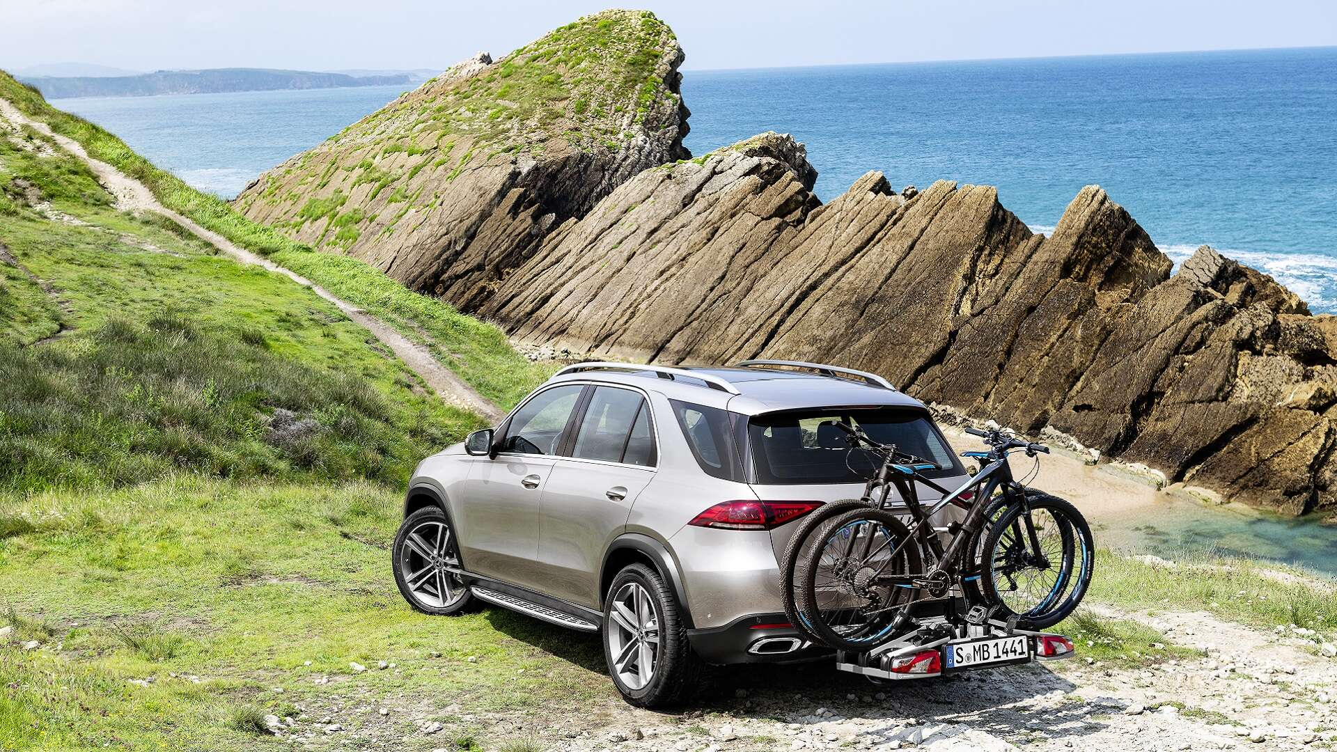 2020 Mercedes-Benz GLE Plug-In Hybrid Could Boast 62-Mile Range