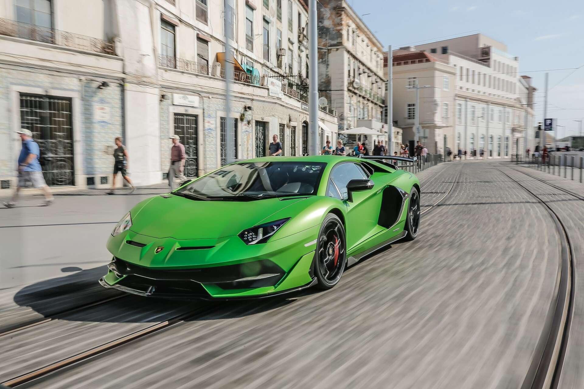 Next Gen Lamborghini Aventador Will Get First Ever Hybrid V 12 In