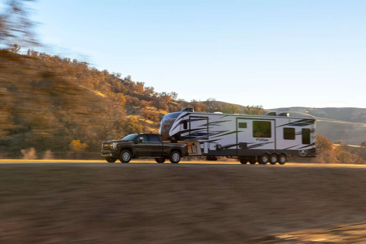 2020 Chevrolet Silverado HD: Less Power Than Ram or Ford, But Higher Towing Capacity - The Drive