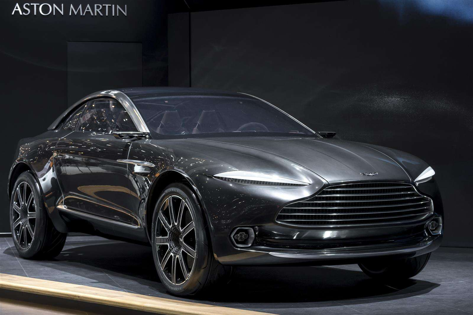 Aston Martin DBX Crossover Headed For 2019 Launch