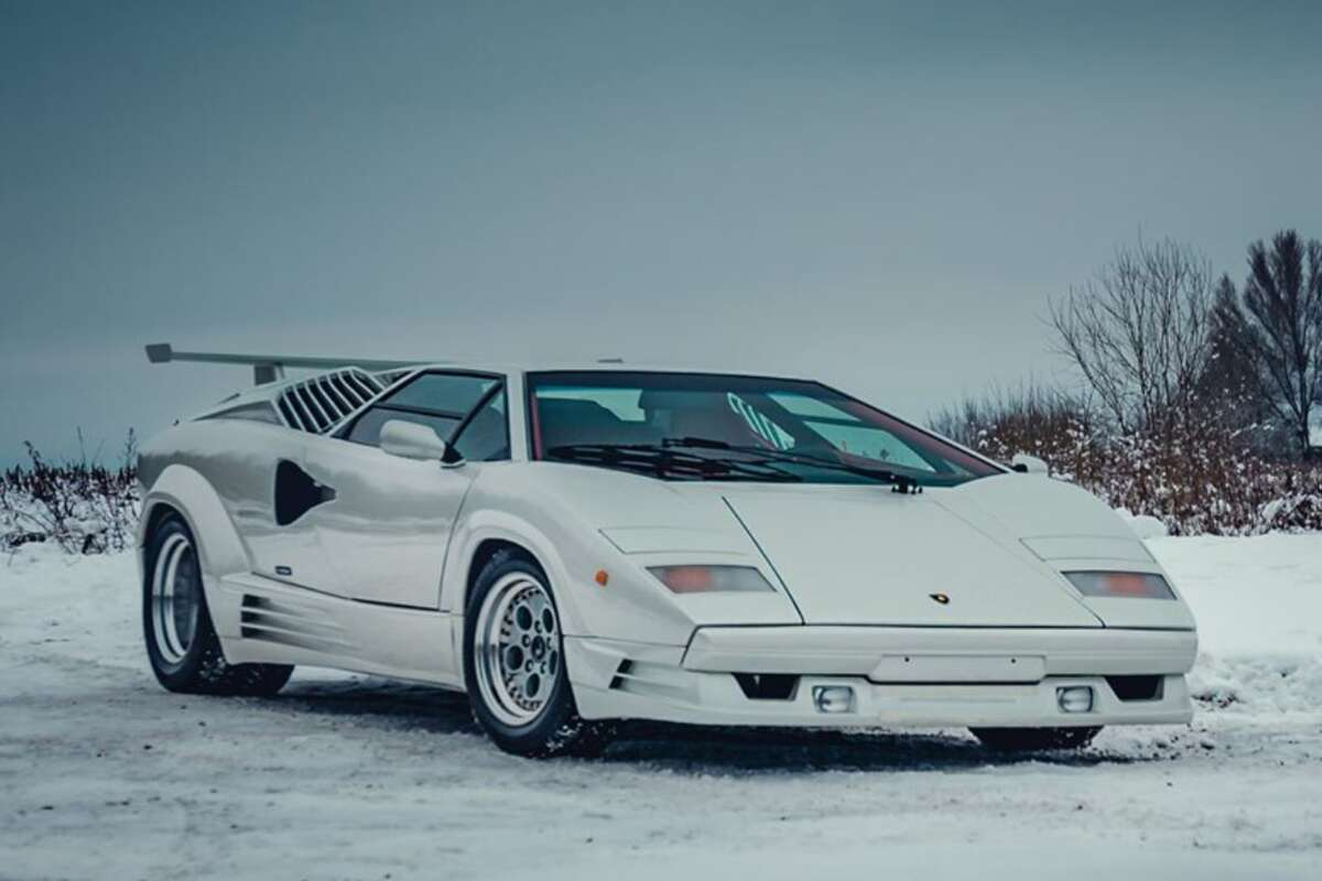 How to park a Lamborghini with Mr. Valentino Balboni - YouTube  |Lamborghini Countach Reverse