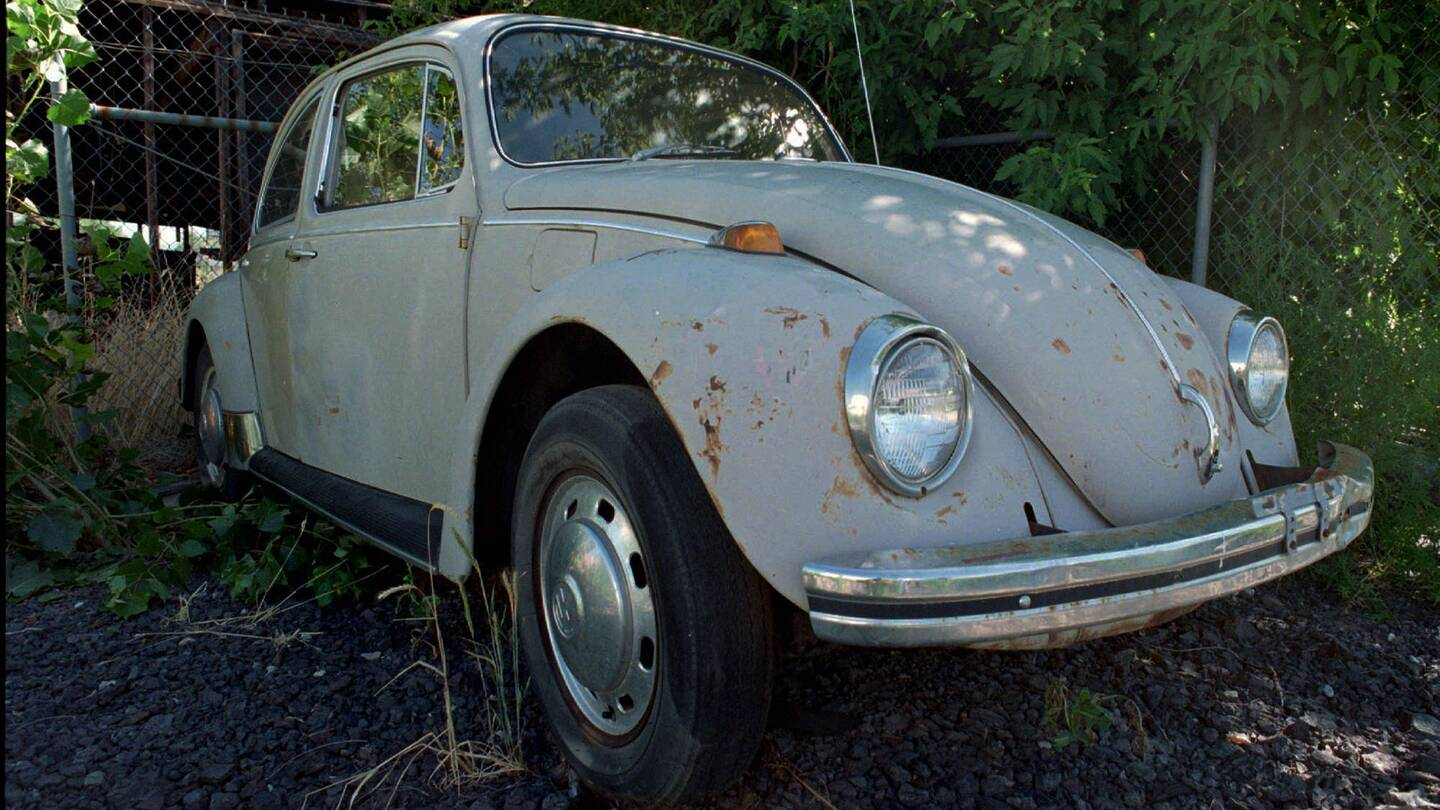 Bundy Drove A Beetle The Cars Of Serial Killers Drive 1960 Volkswagen Interior Killer