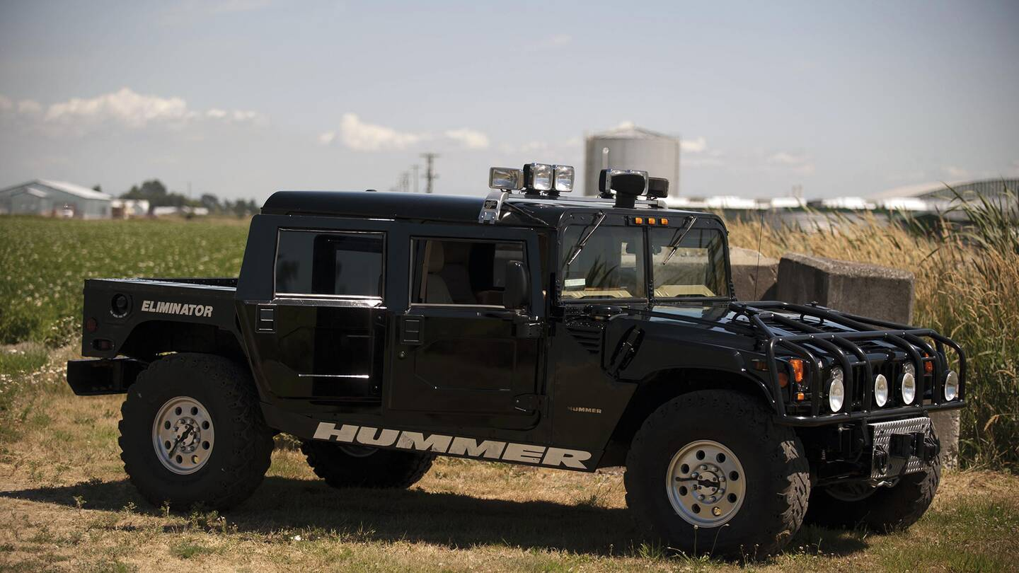 tupac 39 s badass modified hummer is headed to auction the drive. Black Bedroom Furniture Sets. Home Design Ideas