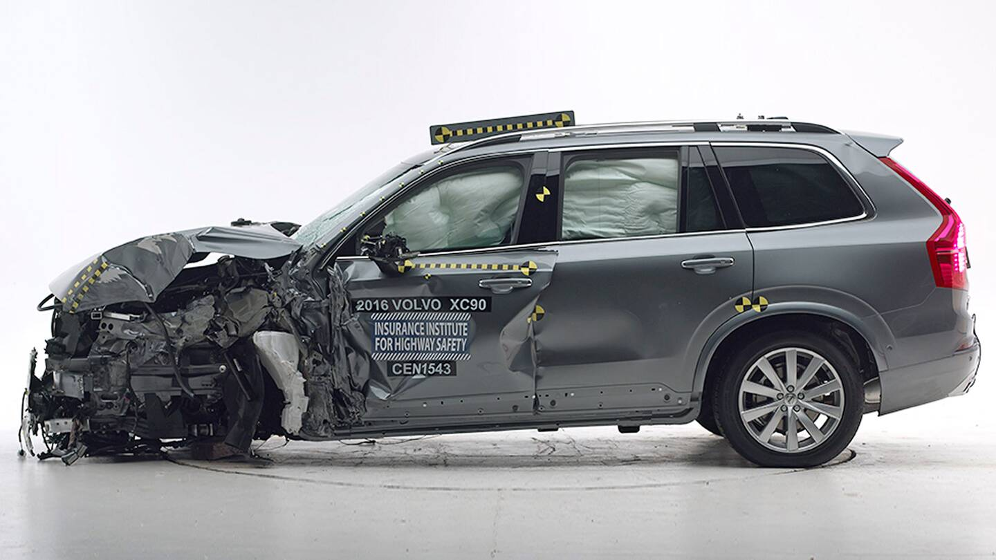 Suv Hits Barrier At 40 Mph Shrugs