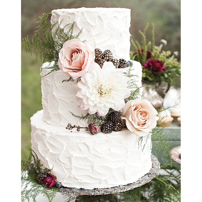 7 Wedding Cake Trends That Will Make Your Mouth Water Food Wine - Trending Wedding Cakes