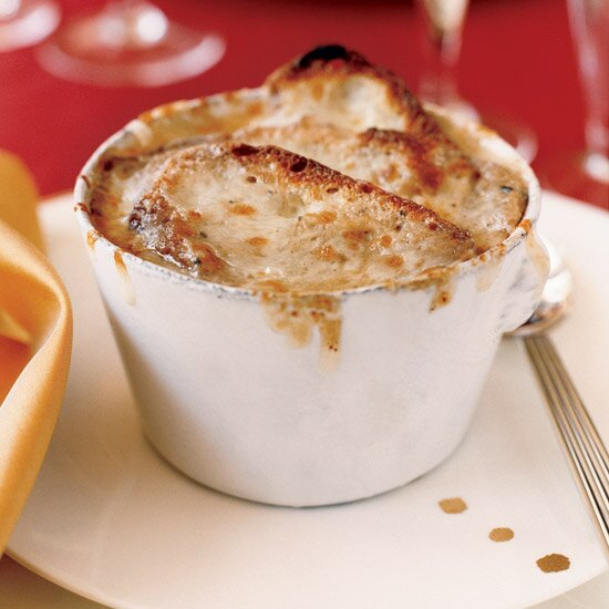 Truffle infused french onion soup recipe michael mina food wine hd fw200512onionsoupg forumfinder Choice Image