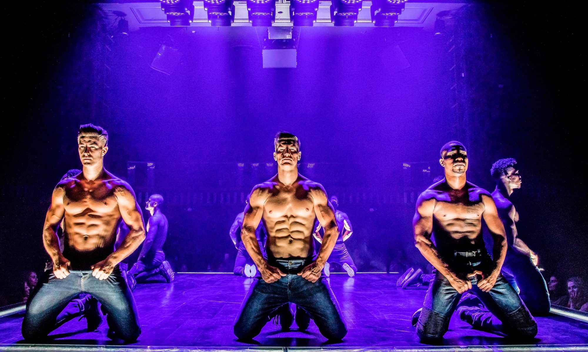 cast of magic mike in las vegas