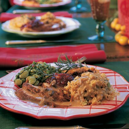 Traditional christmas dinner menus recipes myrecipes giblet gravy forumfinder Choice Image