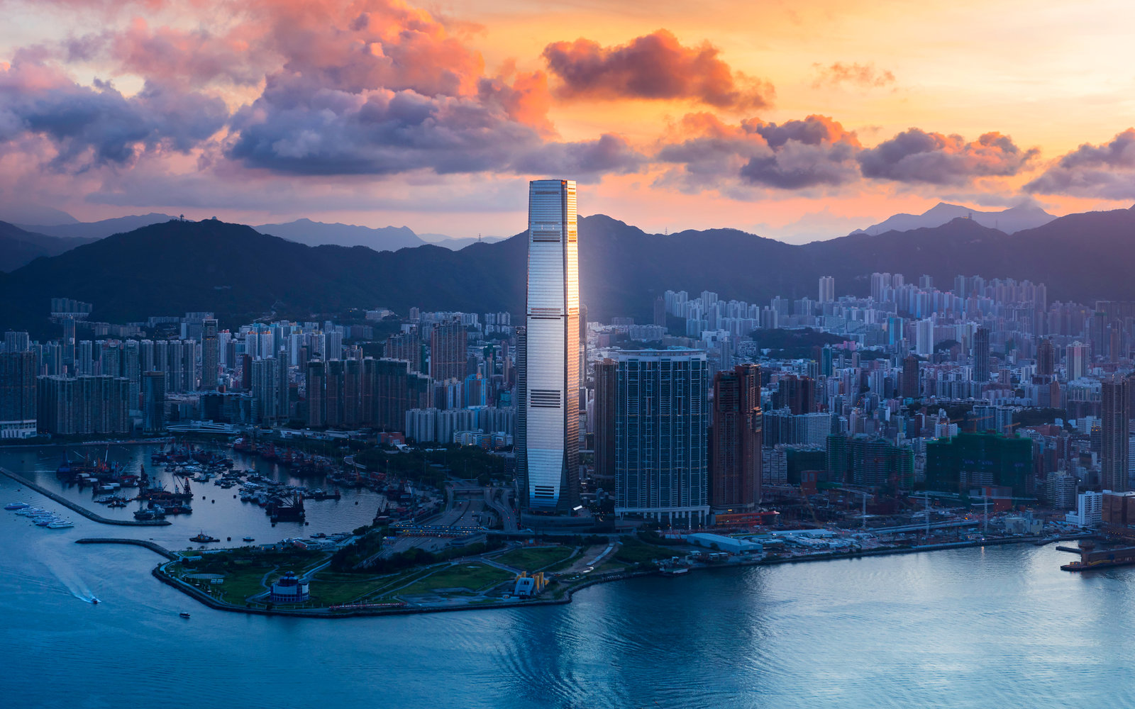 sky100 tower kowloon