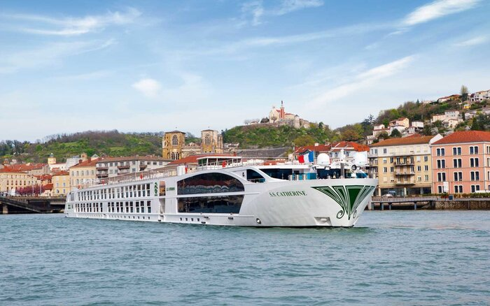 Five Things To Know About Uniworlds SS Catherine Cruise Ship - Ss catherine