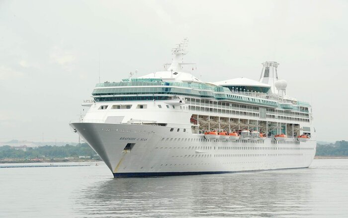 Royal Caribbean Internationals Rhapsody Of The Seas Cruise Ship - Pictures of rhapsody of the seas cruise ship