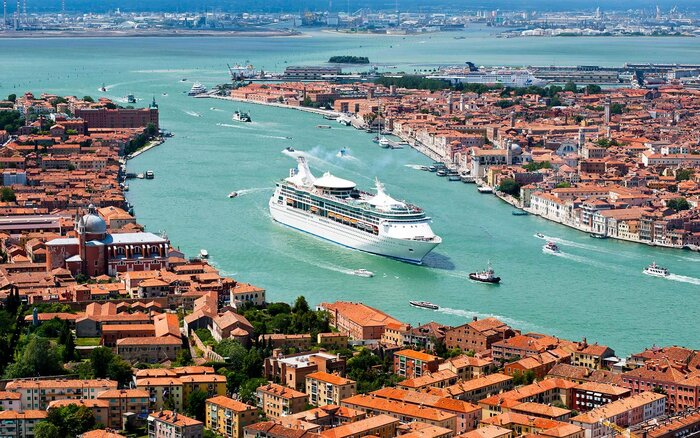 Venice Is Restricting Access To Cruise Ships Heres What It - Italy cruises
