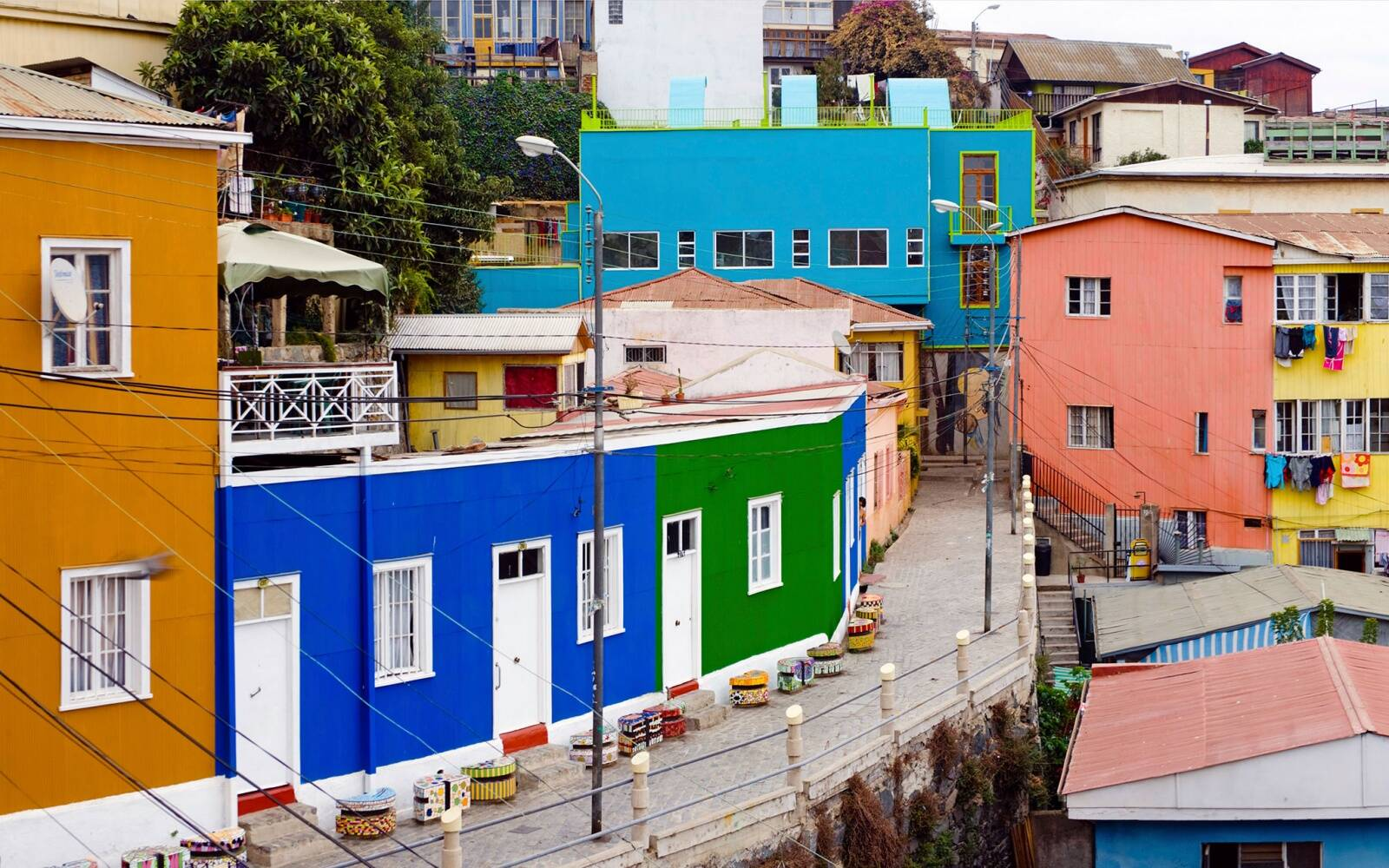 colorful homes in Santiago, Chile