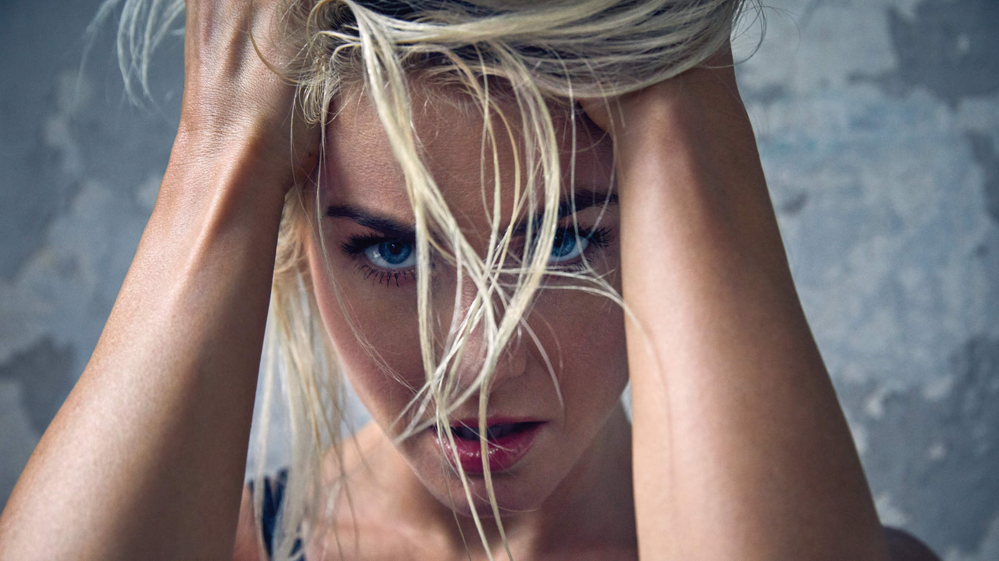 julianne-hough-november-close-up-hair