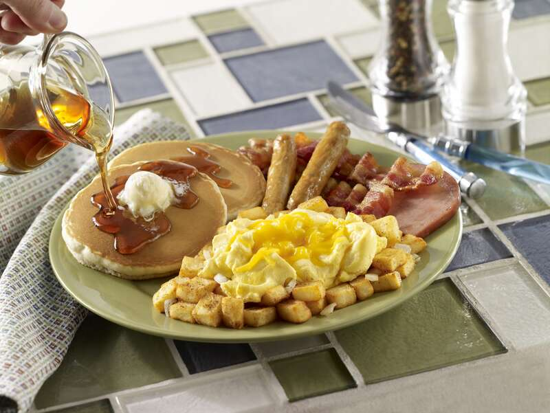 big-breakfast-24-things-you-should-never-eat-out