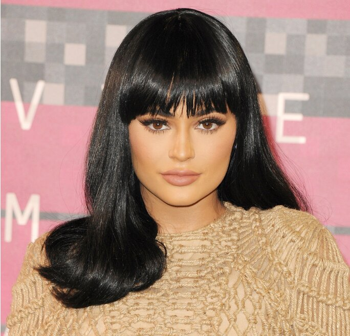 Kylie Jenner Dyes Her Brows Blonde To Match Her New Hair Color