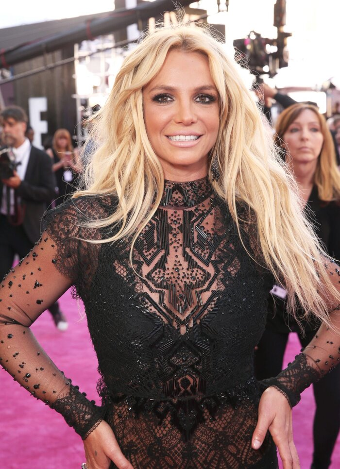 Britney Spears Billboard Awards 2016