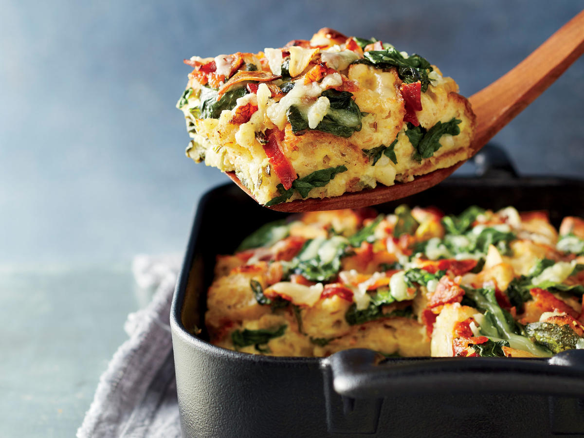 spinach, bacon, and gruyère breakfast strata recipe - cooking light