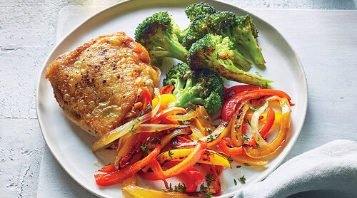 Superfast recipes 20 minute cooking cooking light chicken thighs with peperonata and roasted broccoli forumfinder Images