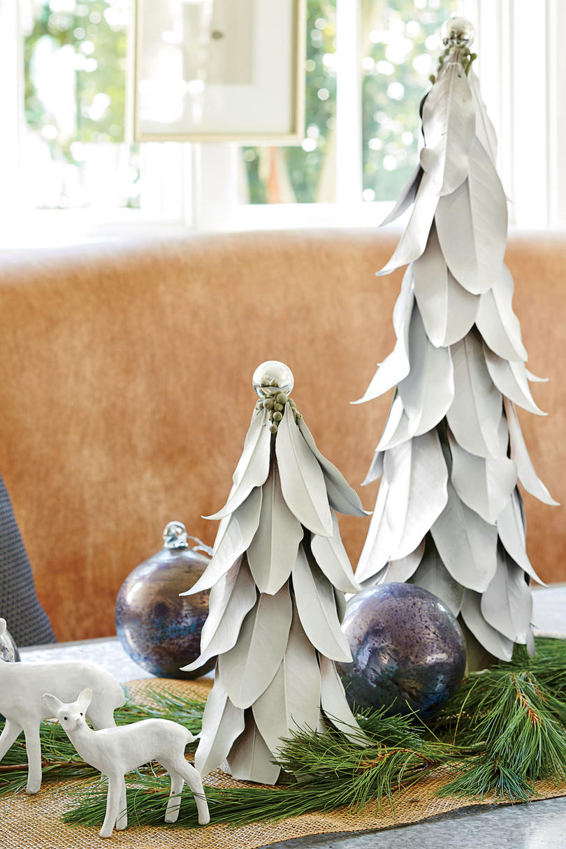 Magnolia Leaf Tree Christmas decoration on dining table - Dana Wolter