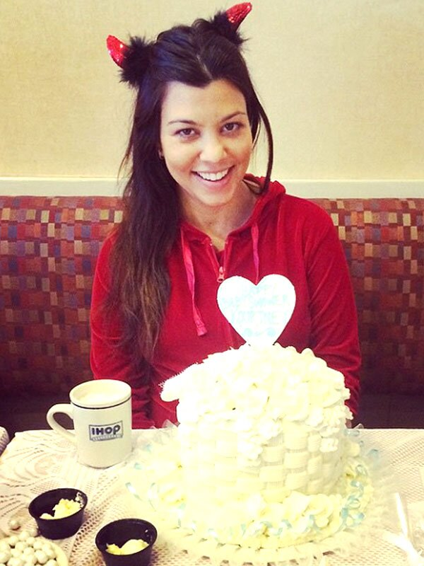 Kourtney Kardashian Pajama Party Baby Shower At Ihop People