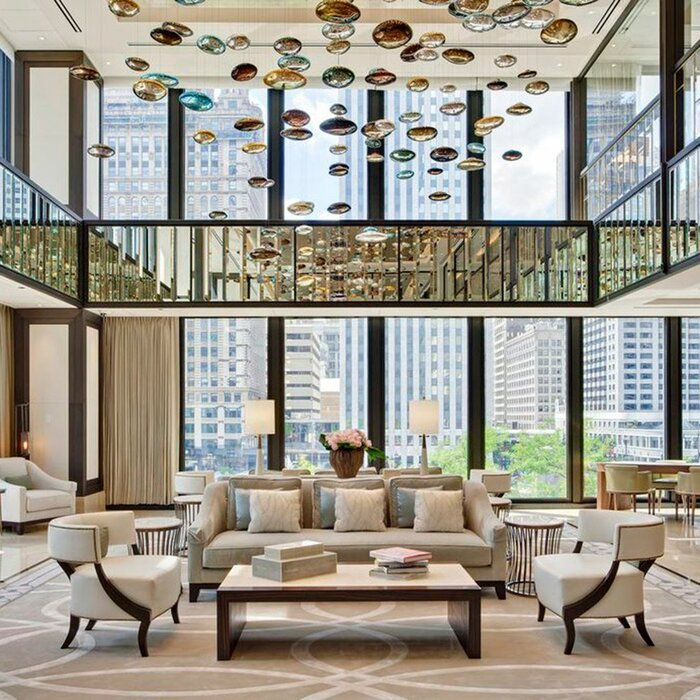 Luxury hotel rooms in chicago 2018 world 39 s best hotels for Upscale hotels in chicago