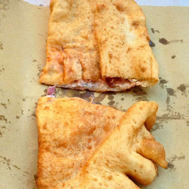 pizza-styles-pizza-fritta-gino-sorbillo-