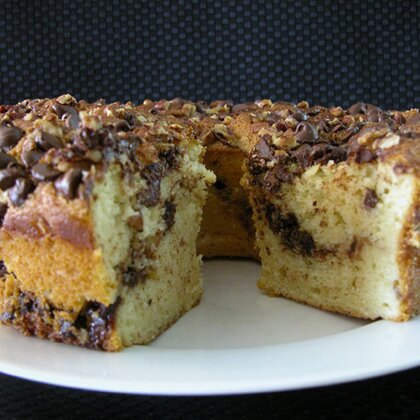Old Fashioned Chocolate Chip Pound Cake