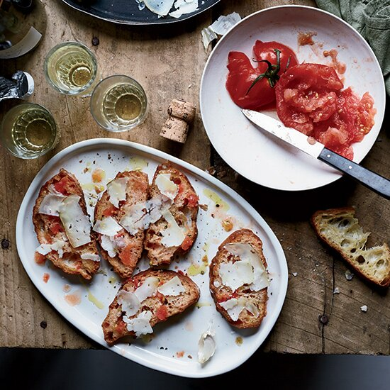 Tapas recipes food wine pan con tomate with garrotxa cheese forumfinder Gallery