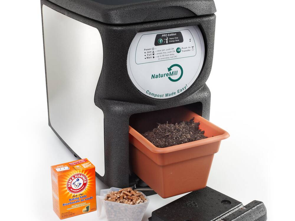 Composting in Your Tiny Apartment Is Easier Than Ever Before | Food ...
