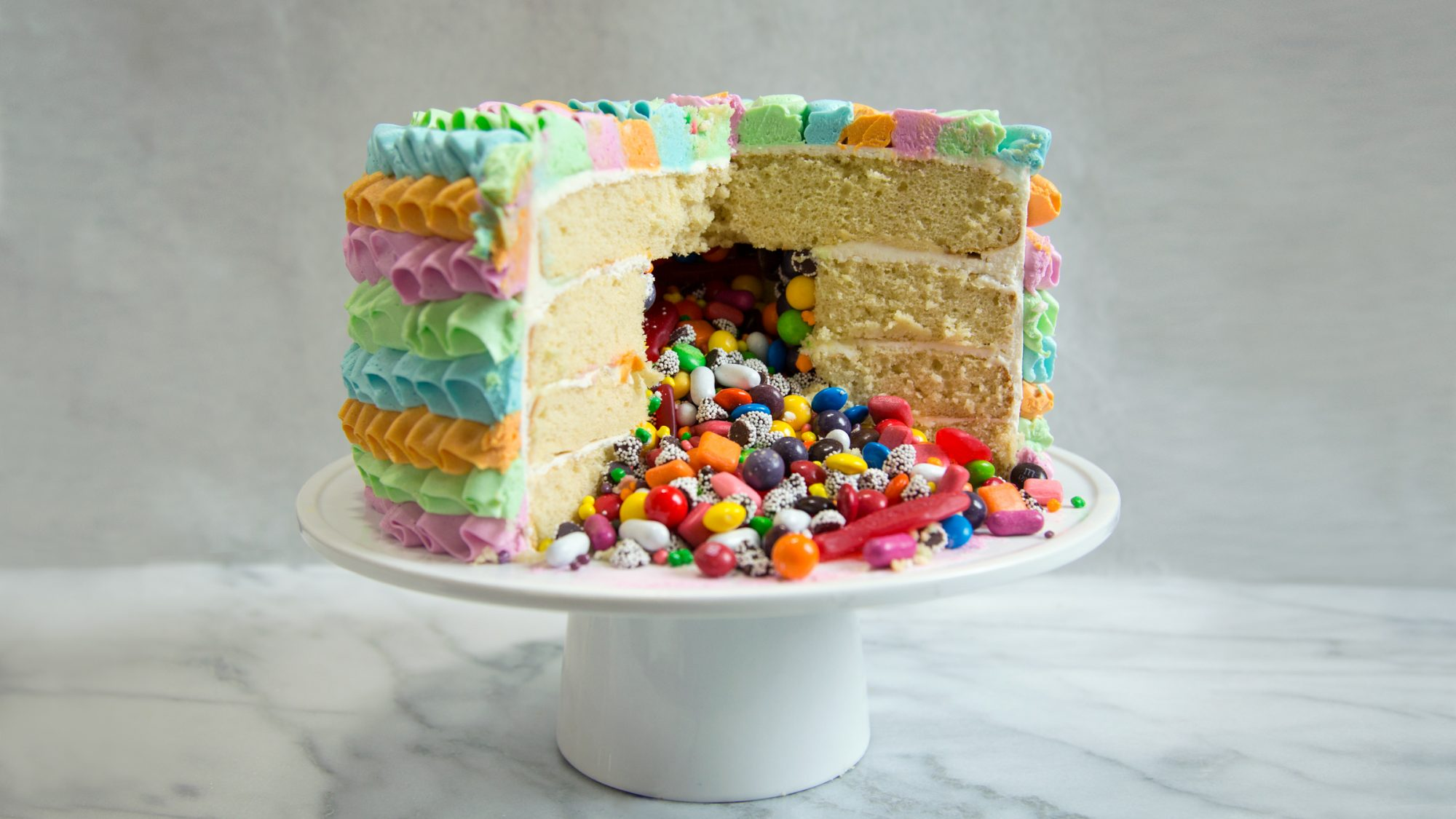 How To Make Piñata Cake The Ultimate Cinco De Mayo Dessert Food