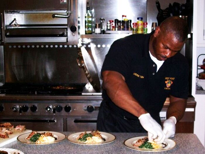 Meet Andre Rush The White House Chef With Viral Biceps
