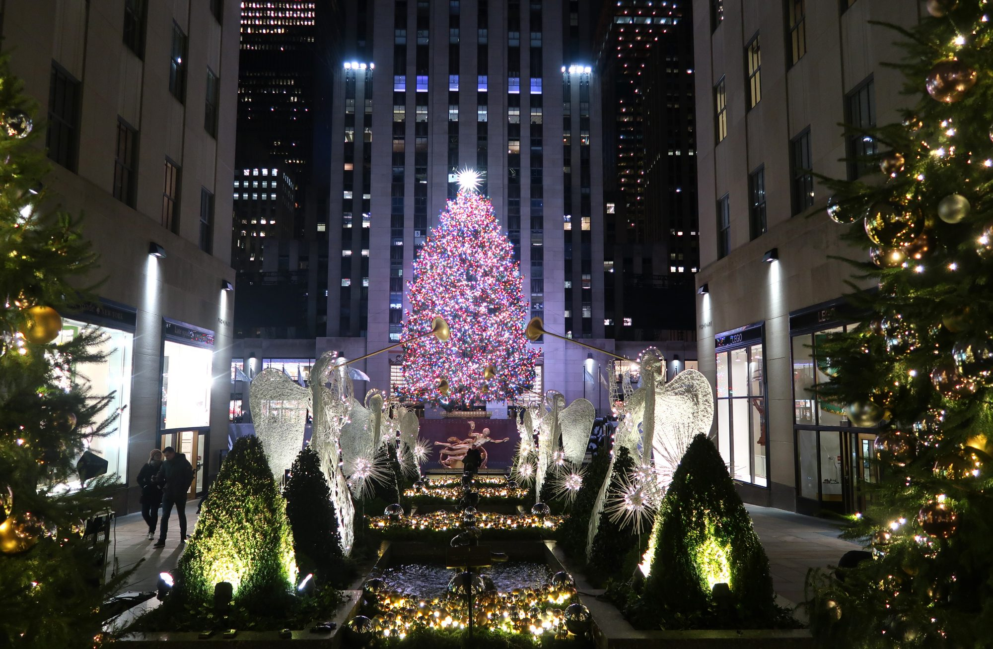 New York City Restaurants That Are Open On Christmas Day Food Wine