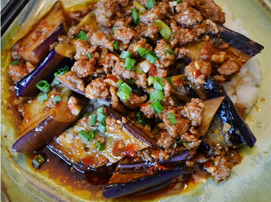 Ma po eggplant in garlic sauce recipe andrew zimmern food wine forumfinder Image collections